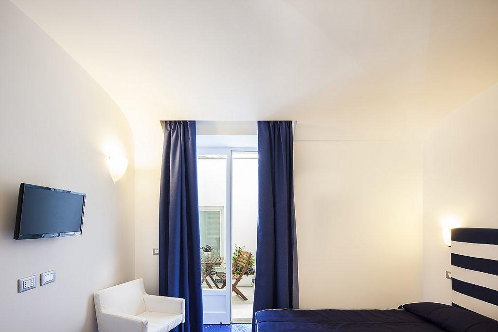 monolocale standard vista interna_ischia blu resort